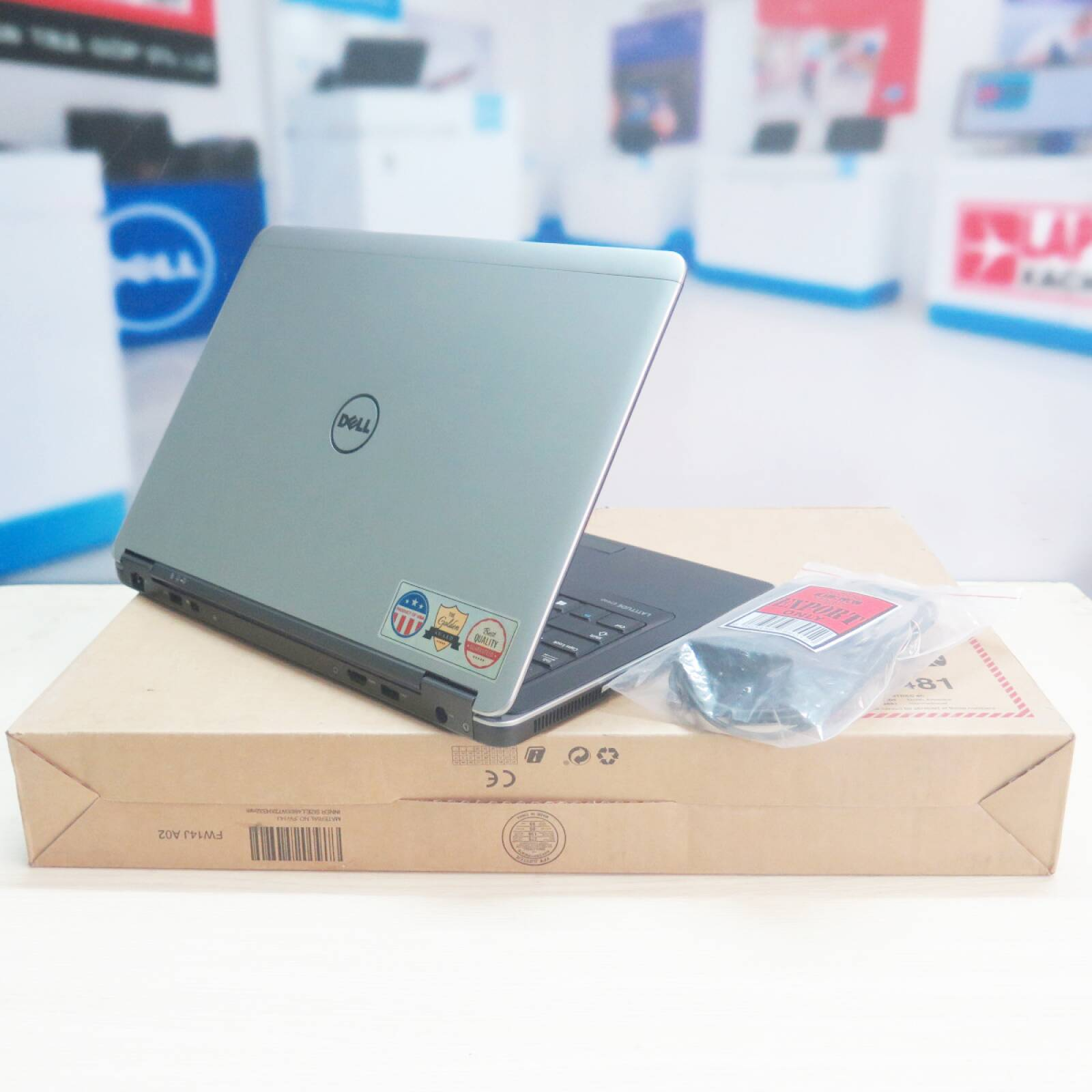 Dell Latitude E7440 - Laptopxachtayshop.com